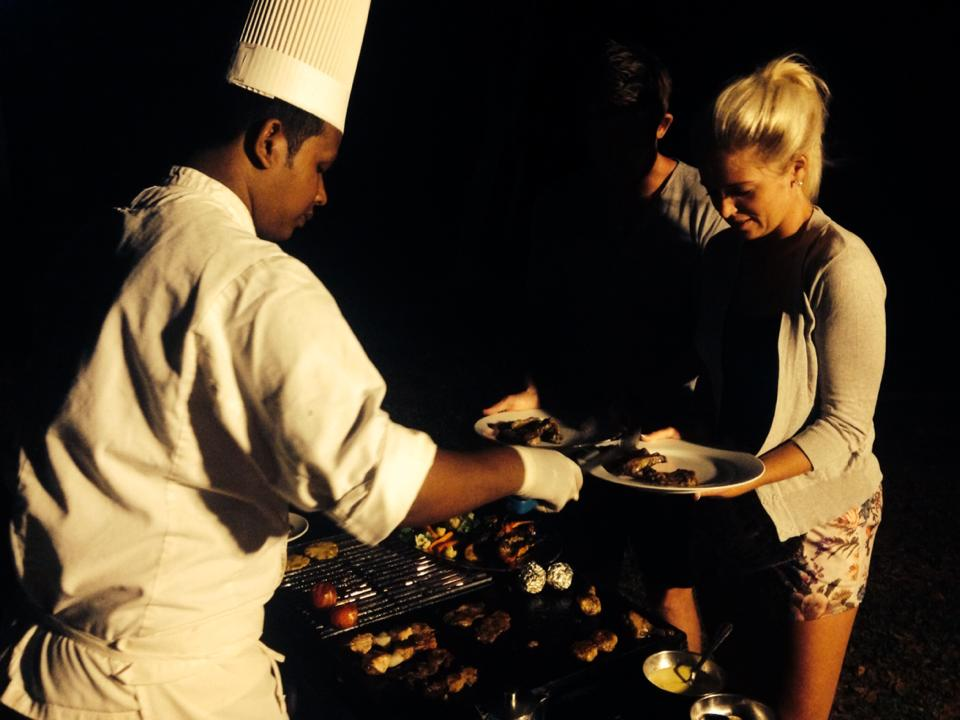 invite-to-paradise-customer-b-honeymoon-sri-lanka-private-bbq.jpg