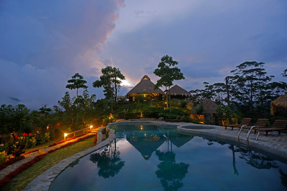 Invite-to-Paradise-Sri-Lanka-holiday-honeymoon-hotel-tea-plantation-boutique-swimming-pool-2.jpg