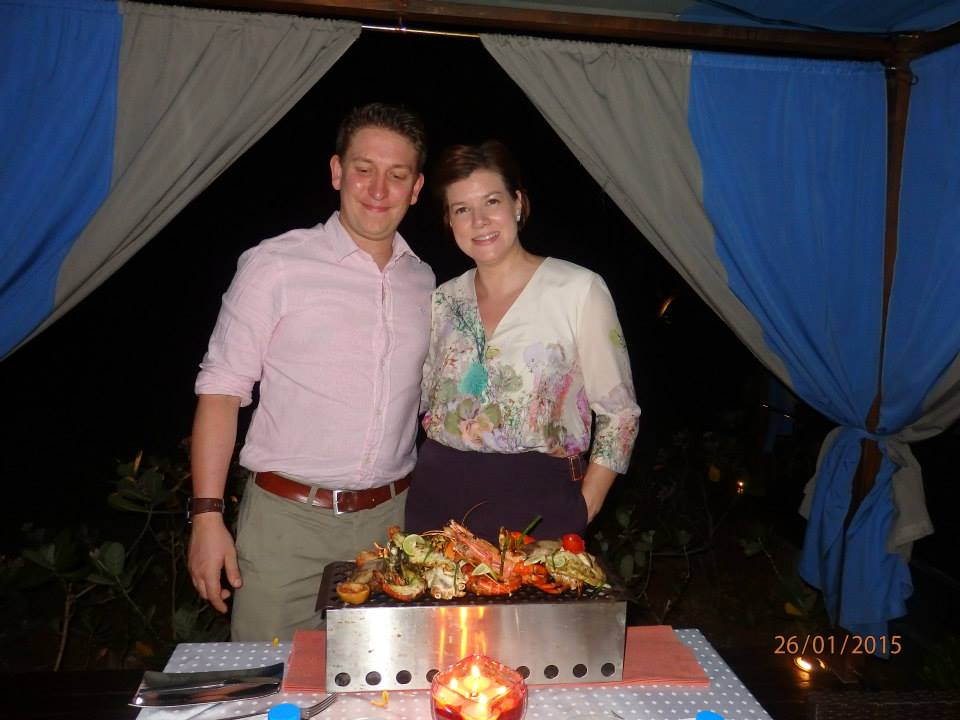 invite-to-paradise-customer-review-claire-simon-honeymoon-sri-lanka-dinner.jpg
