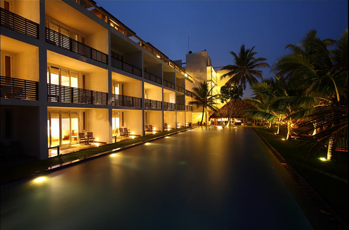 invite-to-paradise-sri-lanka-holiday-honeymoon-vacation-specialists -airport-hotel-negombo-beach-sea-exterior.png