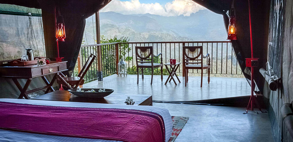 invite-to-paradise-sri-lanka-holiday-honeymoon-package-specialists-hotel-tea-plantation-boutique-madulkelle-tea-and-eco-lodge-kandy-room-interior-6.jpg
