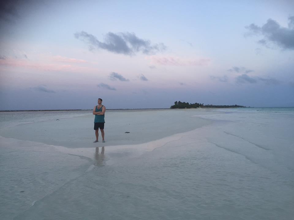 invite-to-paradise-sri-lanka-and-maldives-specialists-holidays-honeymoons-customer-trip-helen-and-neil-colby-major-Kanifushi3.jpg