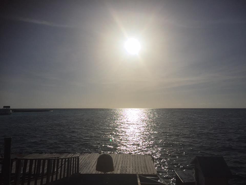 invite-to-paradise-sri-lanka-and-maldives-specialists-holidays-honeymoons-customer-trip-helen-and-neil-colby-major-Kanifushi4.jpg
