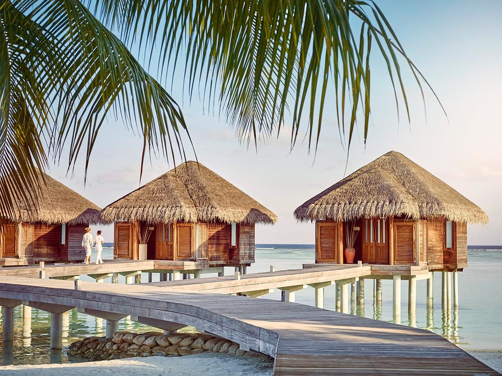 invite-to-paradise-maldives-luxury-holiday-honeymoon-package-specialists-experts-travel-agent-tour-operator-lux-south-ari-atoll-resort-spa.jpg