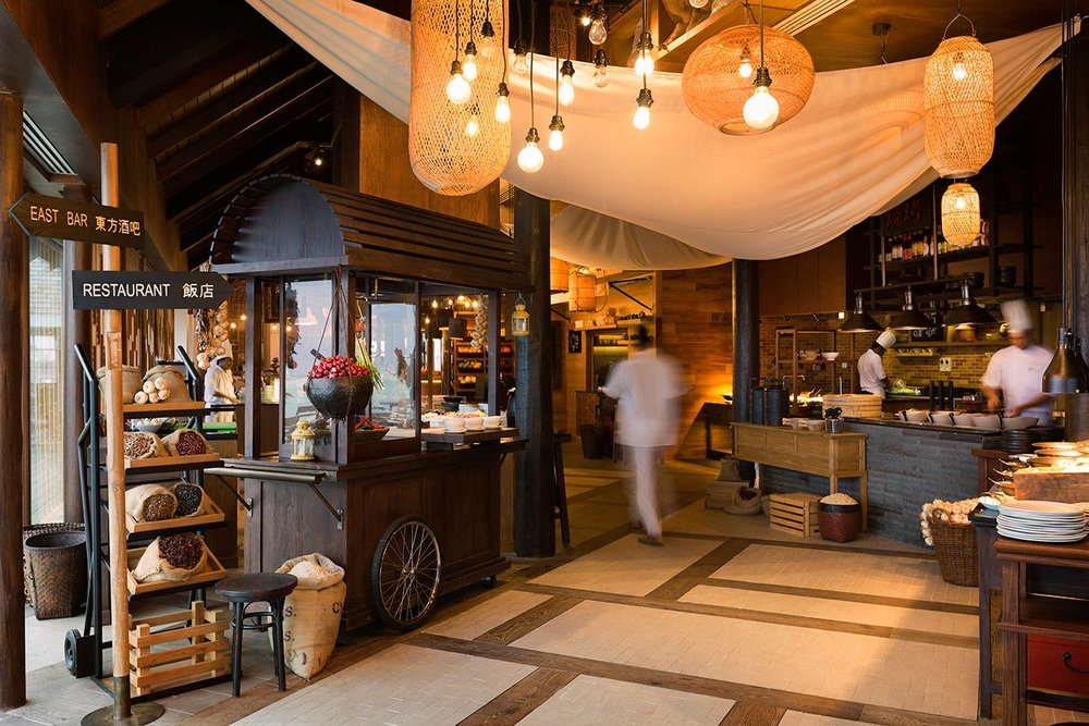 East_Market-IMG_0914 - invite-to-paradise-maldives-luxury-holiday-honeymoon-package-specialists-experts-travel-agent-tour-operator-lux-south-ari-atoll-resort-east-market-restaurant.jpg