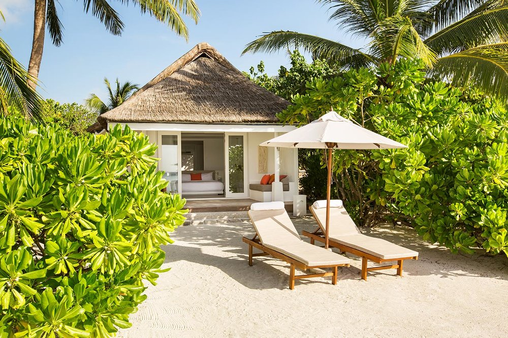 invite-to-paradise-maldives-luxury-holiday-honeymoon-package-specialists-experts-travel-agent-tour-operator-lux-south-ari-atoll-resort-beach-VILLA-1.jpg