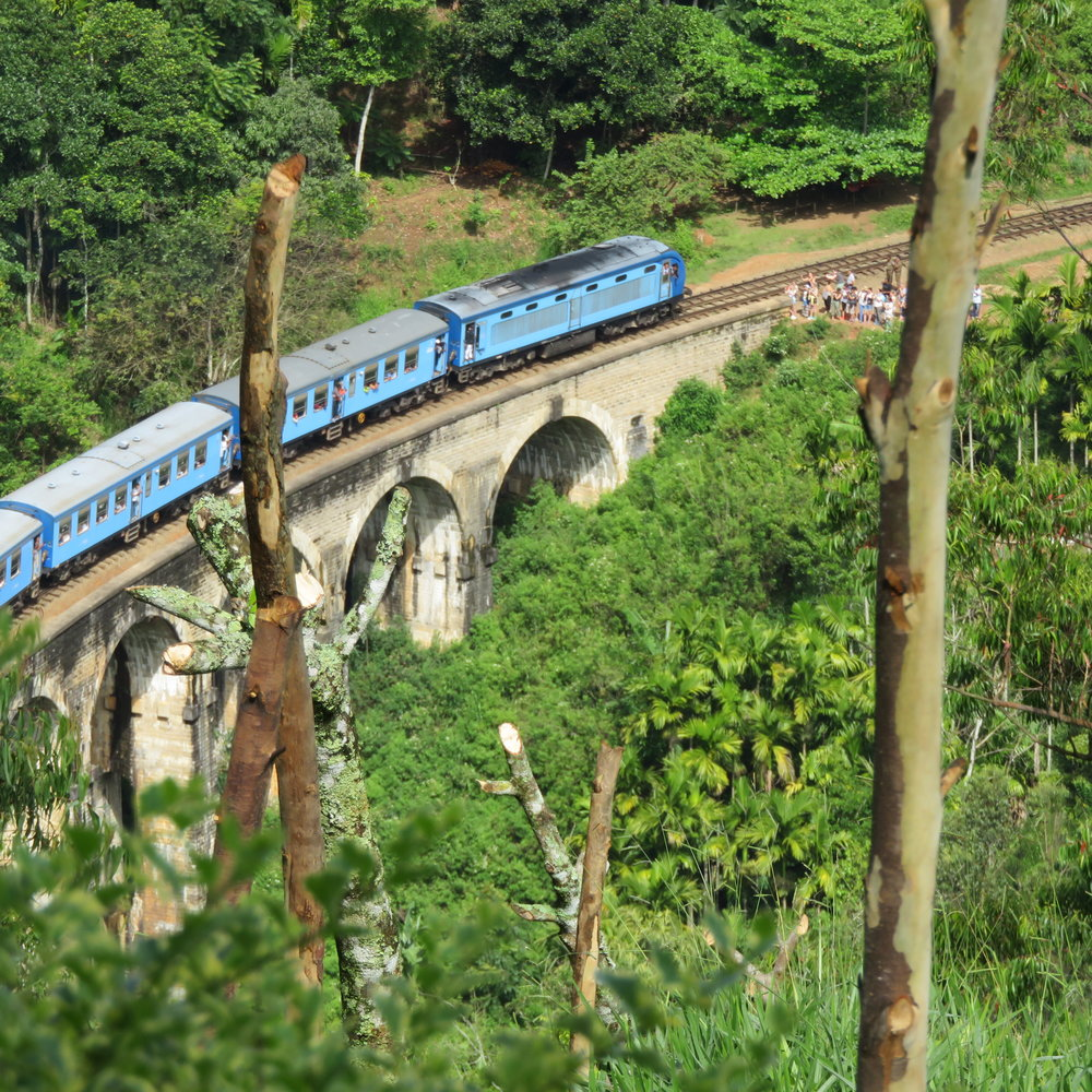 invite-to-paradise-sri-lanka-specialists-thomas-family-holiday-tour-train crossing the Nine Arch Bridge.JPG