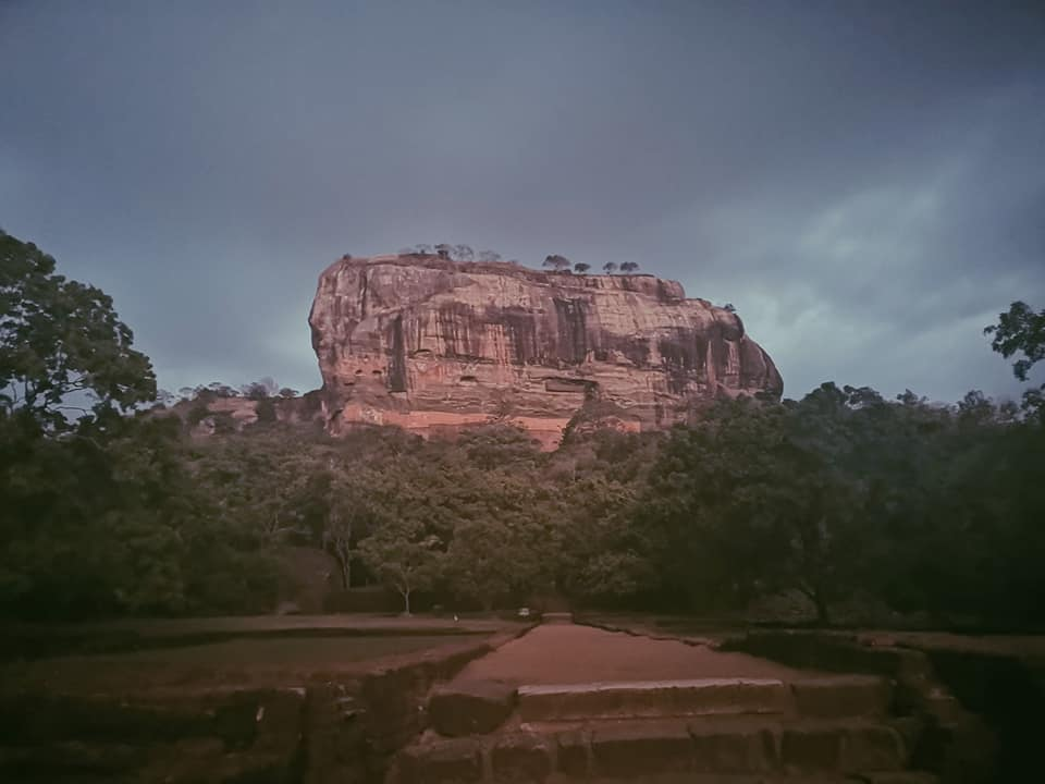 invite-to-paradise-sri-lanka-holiday-honeymoon-specialists-customer-feedback-elin-jordan-luce-sigiriya-rock-fortress.jpg
