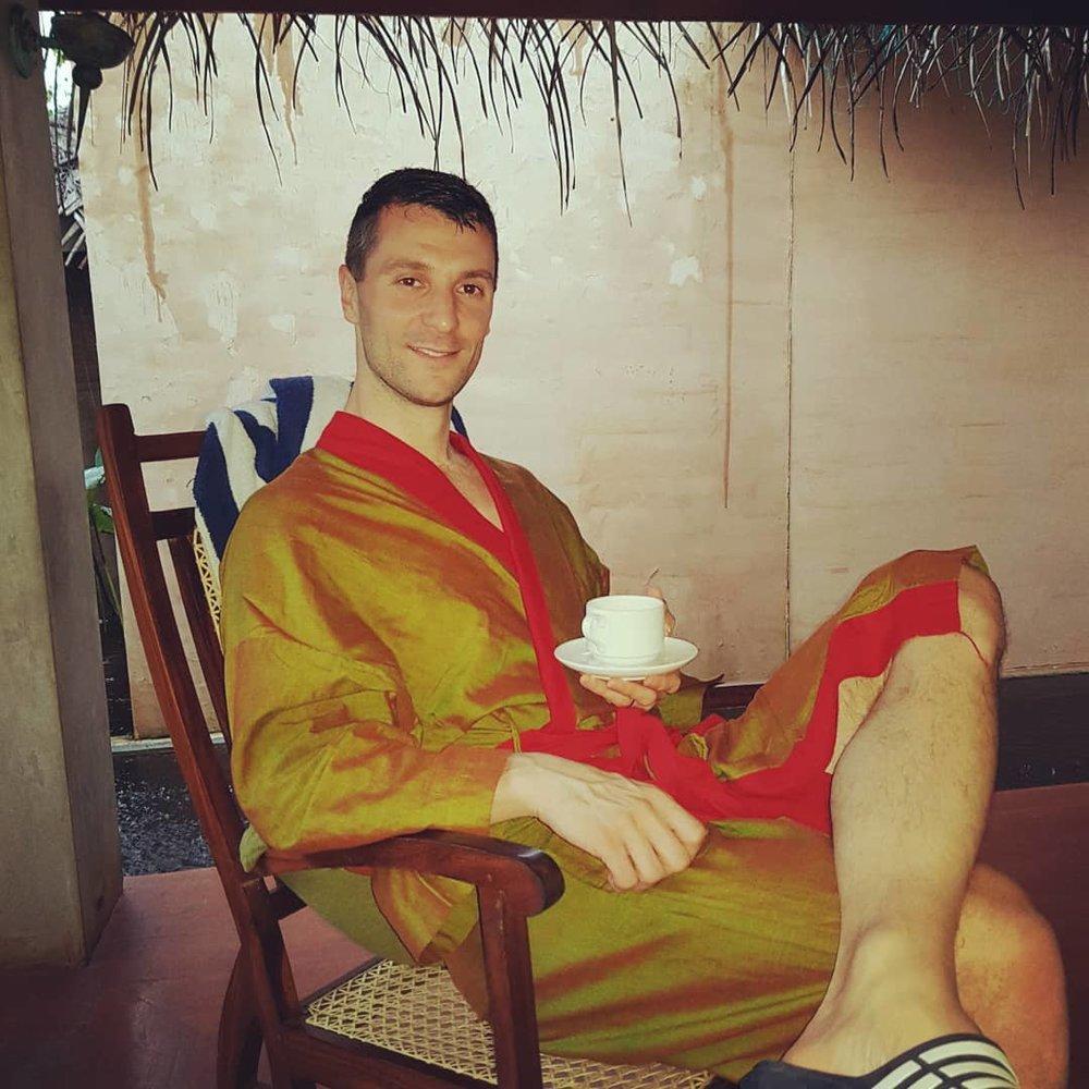 invite-to-paradise-sri-lanka-honeymoon-specialists-customer-guest-feedback-Paul-Traies-Chloe-Rowley-jetwing-vil-uyana-spa-robe.jpg