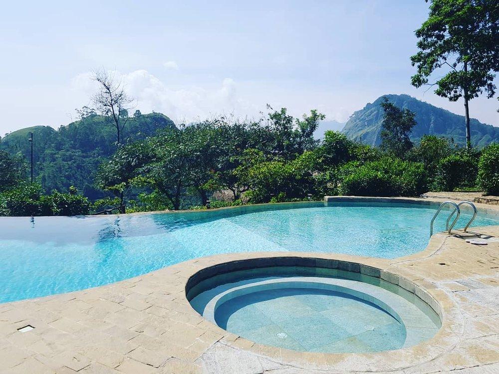 invite-to-paradise-sri-lanka-honeymoon-specialists-customer-guest-feedback-Paul-Traies-Chloe-Rowley-98-acres-ella-tea-plantations-pool-2.jpg