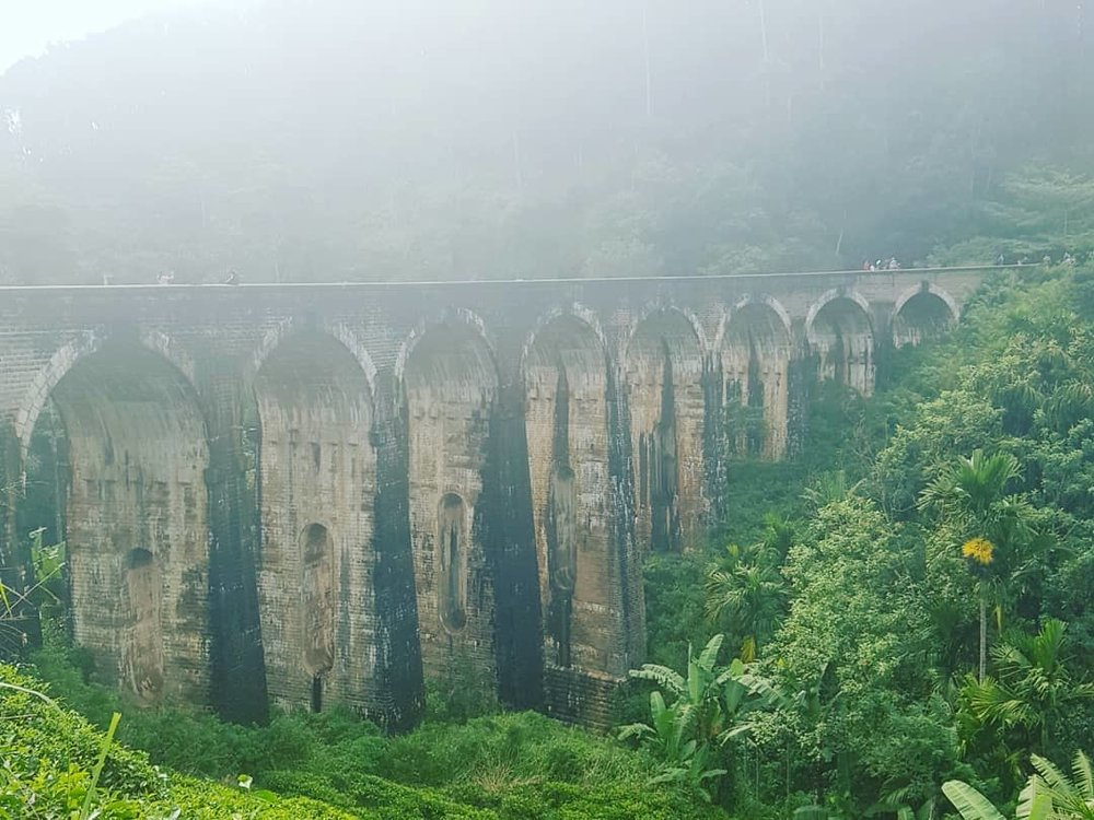 invite-to-paradise-sri-lanka-honeymoon-specialists-customer-guest-feedback-Paul-Traies-Chloe-Rowley-ella-tea-plantations-nine-arch-bridge-2.jpg