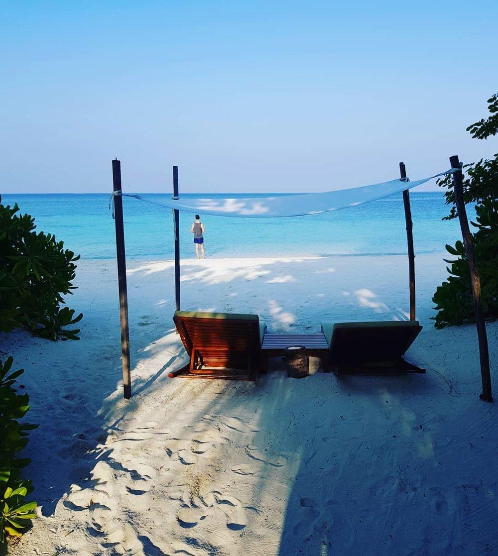 invite-to-paradise-maldives-coco-bodu-hithi-honeymoon-specialists-customer-guest-feedback-Paul-Traies-Chloe-Rowley-island-villa-beach-view.jpg