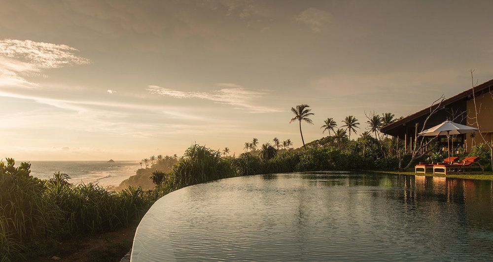 invite-to-paradise-sri-lanka-specialists-experts-travel-agent-tour-operator-cape-weligama-Moon-Pool-sunset.jpg