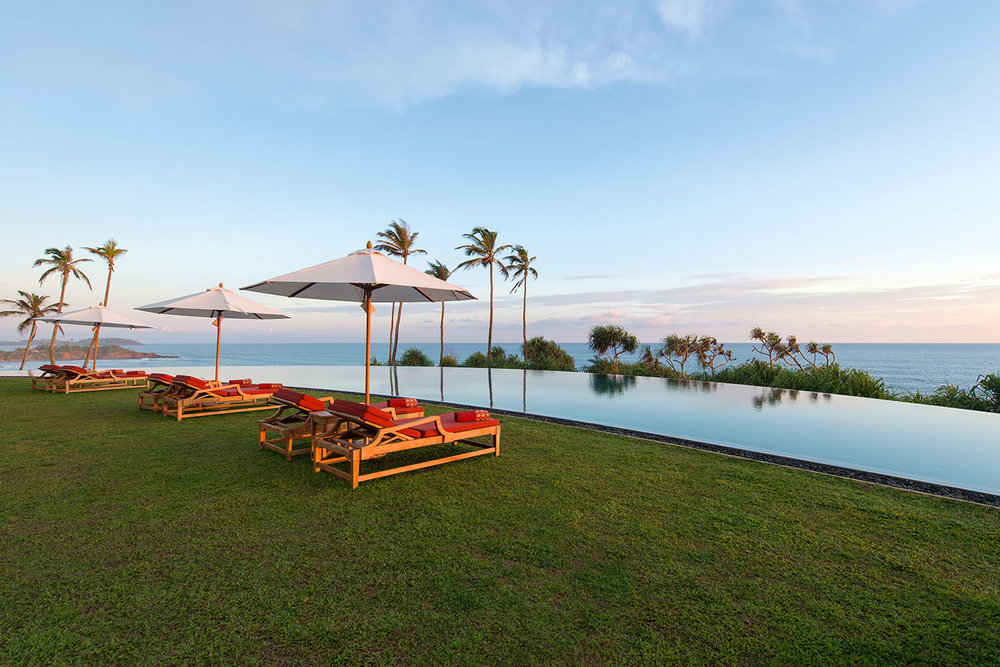 invite-to-paradise-sri-lanka-specialists-experts-travel-agent-tour-operator-cape-weligama-Moon-Pool-at-dawn.jpg
