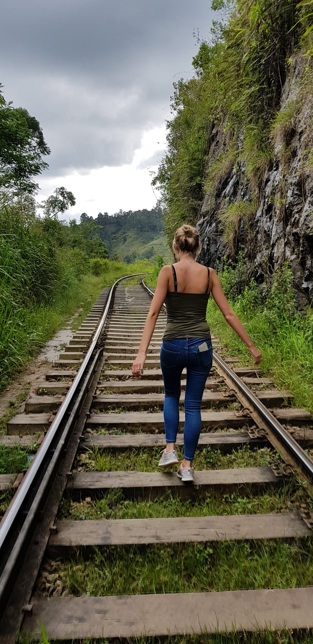 invite-to-paradise-sri-lanka-holiday-honeymoon-specialists-customer-feedback-fleur-simon-minshull-railway-tracks.jpg