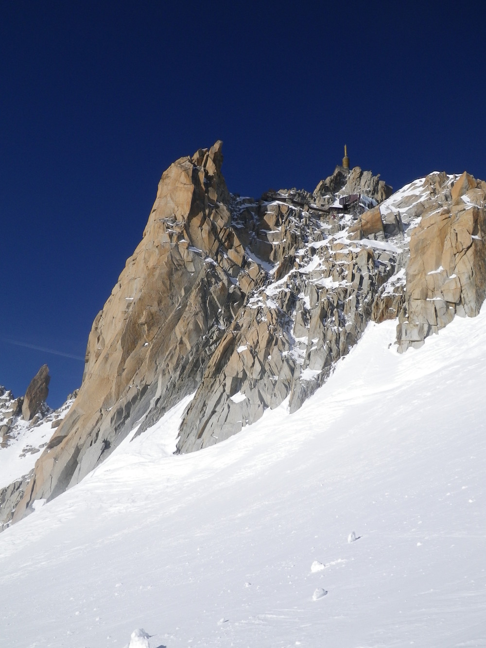 Looking back to the Aiguille du Midi cable car station