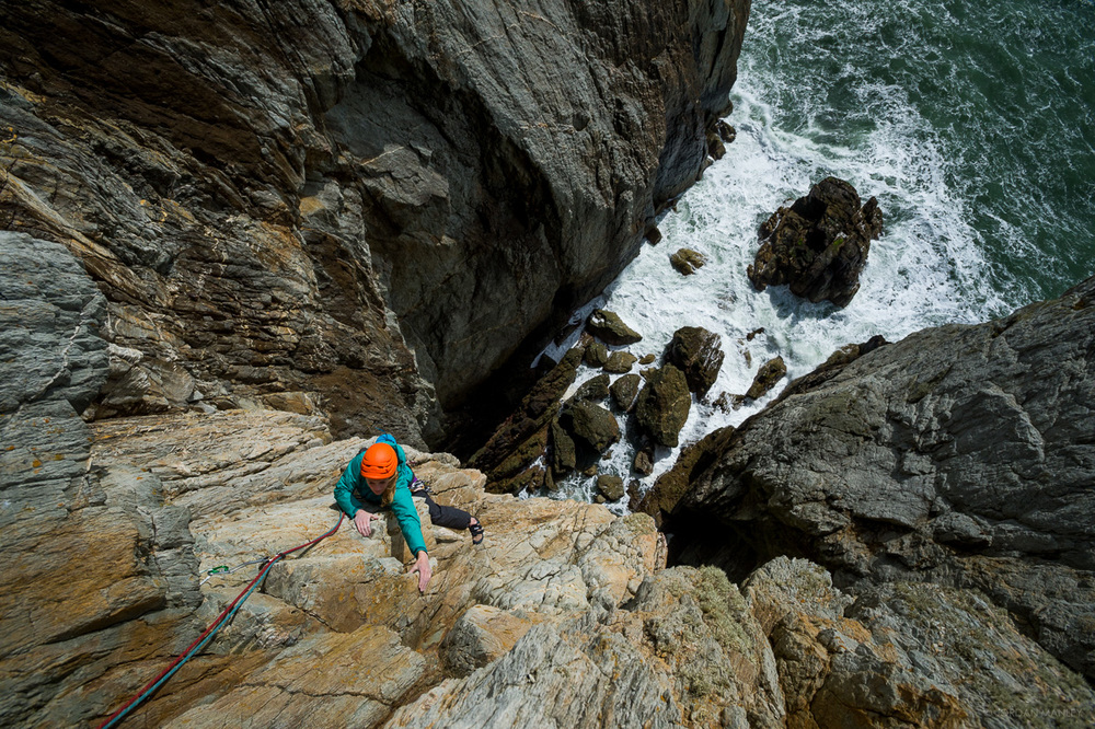 Katy Whittaker on the top pitch of Dream of White Horses, Gogarth