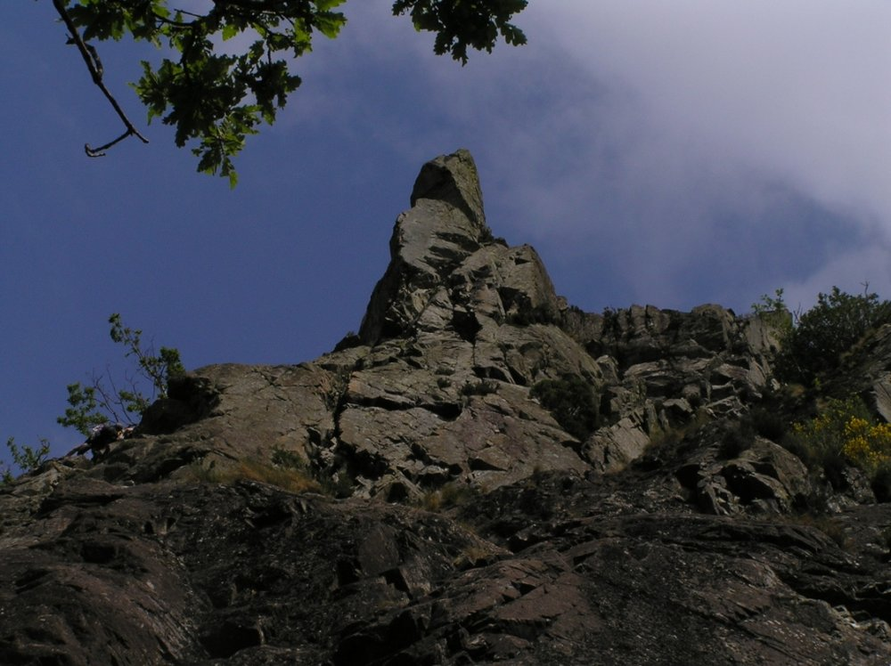 Classic Rock Challenge: Troutdale Pinnacle