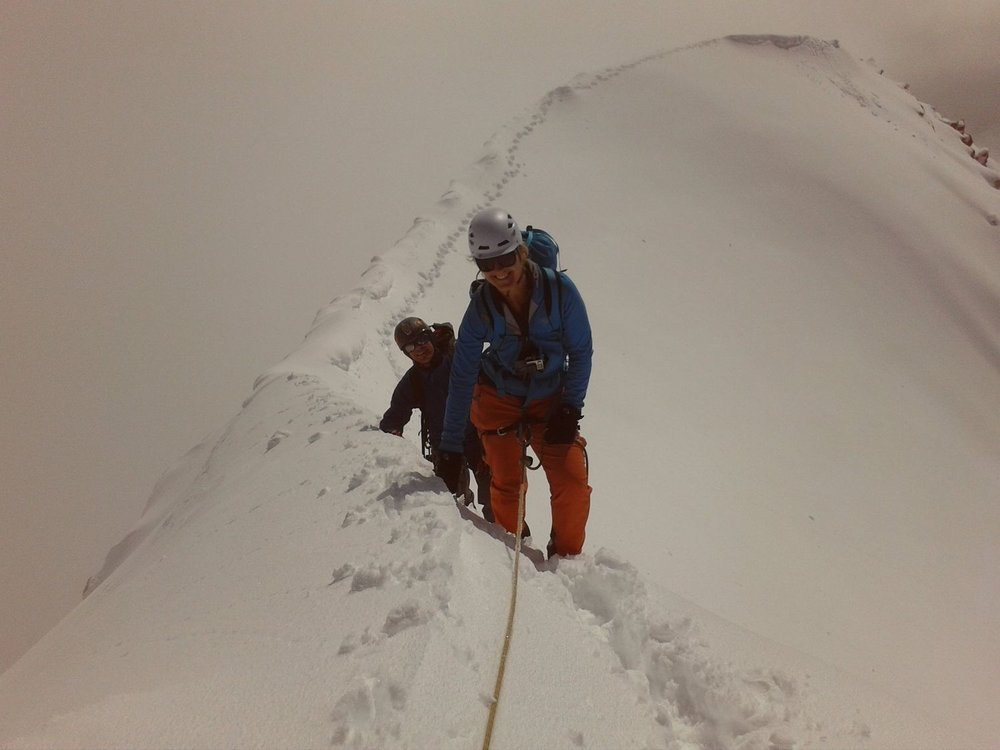 Approaching the summit of the Weismiess