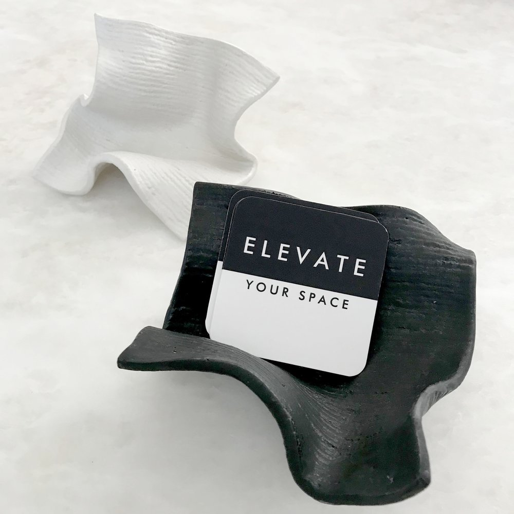 - ELEVATE BUSINESS CARD STAND