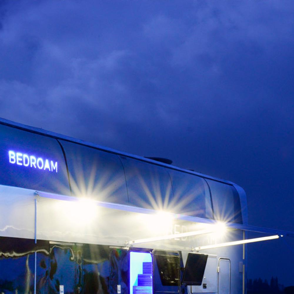 bedroam-blue-sky.jpg