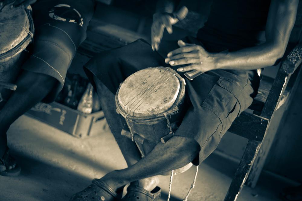 rasta mesa drumming