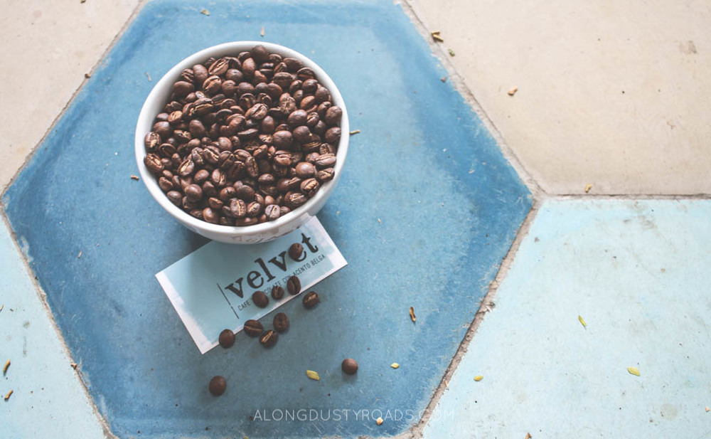 coffee beans colombia cafe velvet