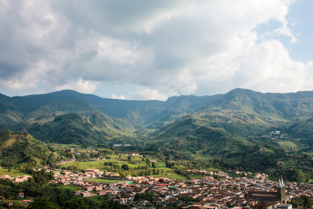 view from cable car jardin colombia