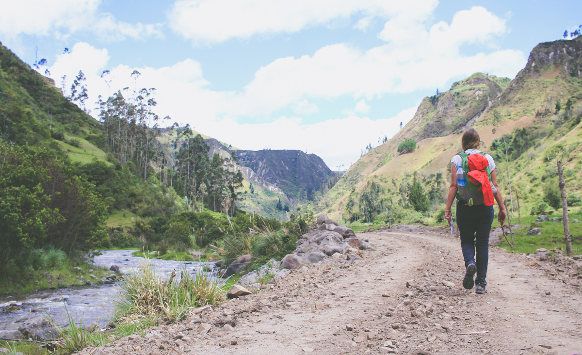 Circuito Quilotoa : Things to know before hiking the quilotoa loop u along dusty roads