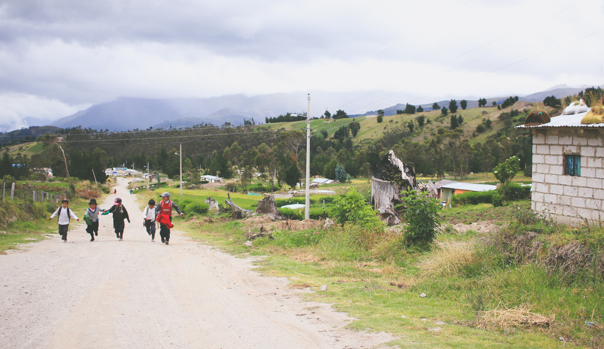 Circuito Quilotoa : 10 things to know before hiking the quilotoa loop u2014 along dusty roads