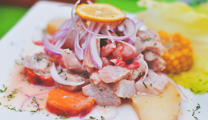 Ceviche. Foto James. Licencia Creative Commons