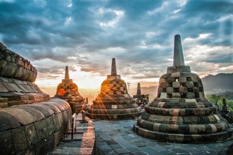 Borobudur Sunrise || Justine Hong
