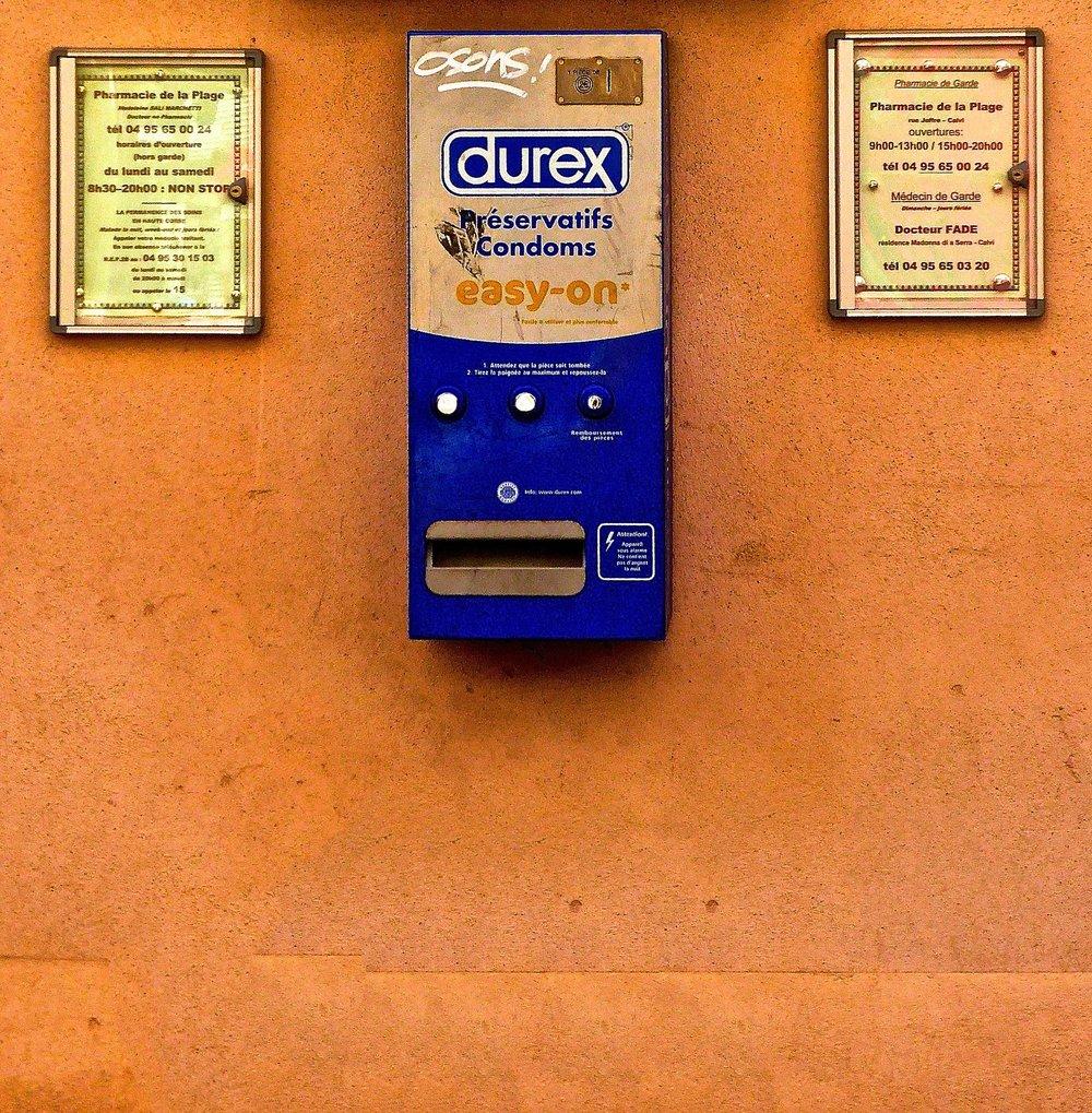 dispenser-954795_1920.jpg