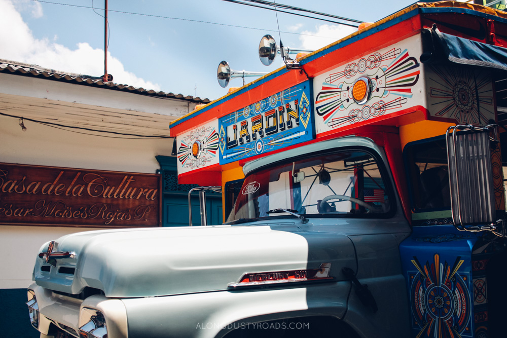 23 things to know before you visit Colombia - you can bargain on buses