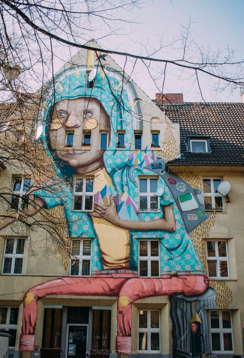 Graffiti Düsseldorf 10 incredibly awesome things to do in düsseldorf along dusty roads