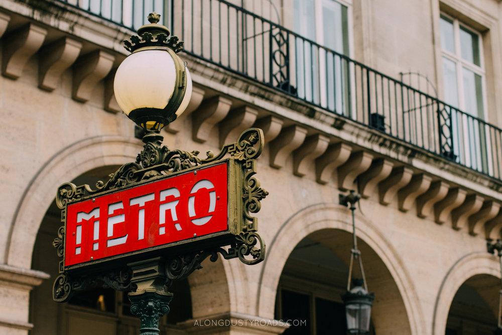 Pairs Metro, France