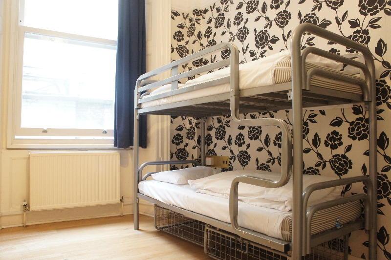 hostelpoint1.jpg