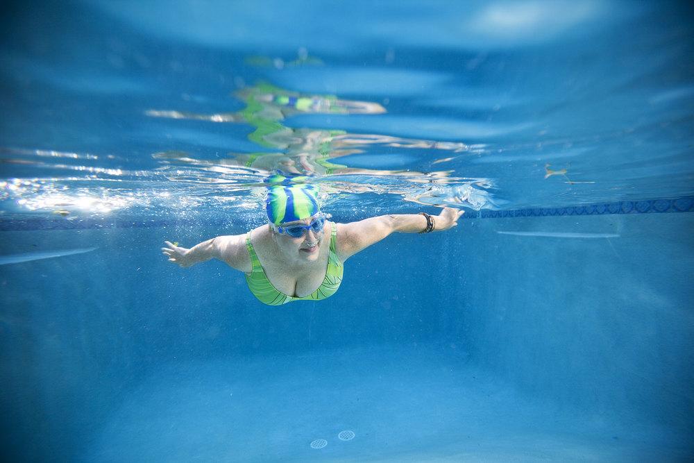 014-LIFE_pool_underwater_388-lyrs.jpg
