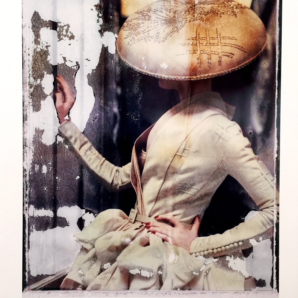 La fille en plâtre VIII, Dior haute couture summer 2007, 2009. © Cathleen Naundorf