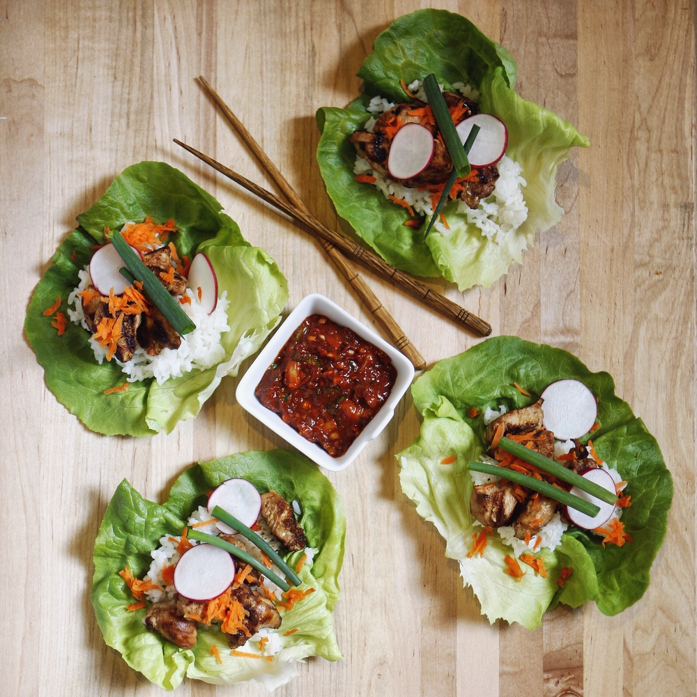 Korean lettuce wraps with ssamjang (쌈장) sauce.