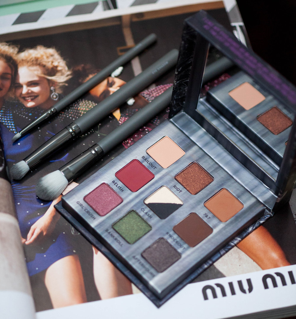 Urban Decay Cosmetics Troublemaker Eyeshadow Palette