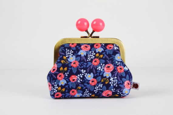 The cutest little coin purse by Octopurse