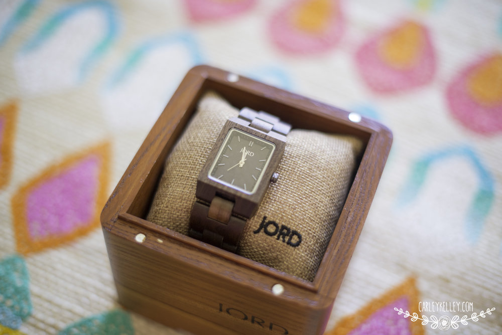 Beautiful Jord Wooden Watch @ www.carleykelley.com