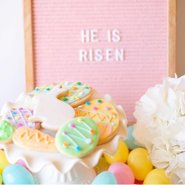 I am usually making Easter cookies this time of the year, but with a one week old that didn't happen this year. So admiring my cookies from last year and will be excited to continue making them with my girls next Easter. Thankful for this season and a Risen savior 💗 . . . #easter #heisrisen #cookies #baking #motherhoodunplugged #eastercookies #foodie #baking #easteregg #bunny #easterbunny #surlatable #letterboard