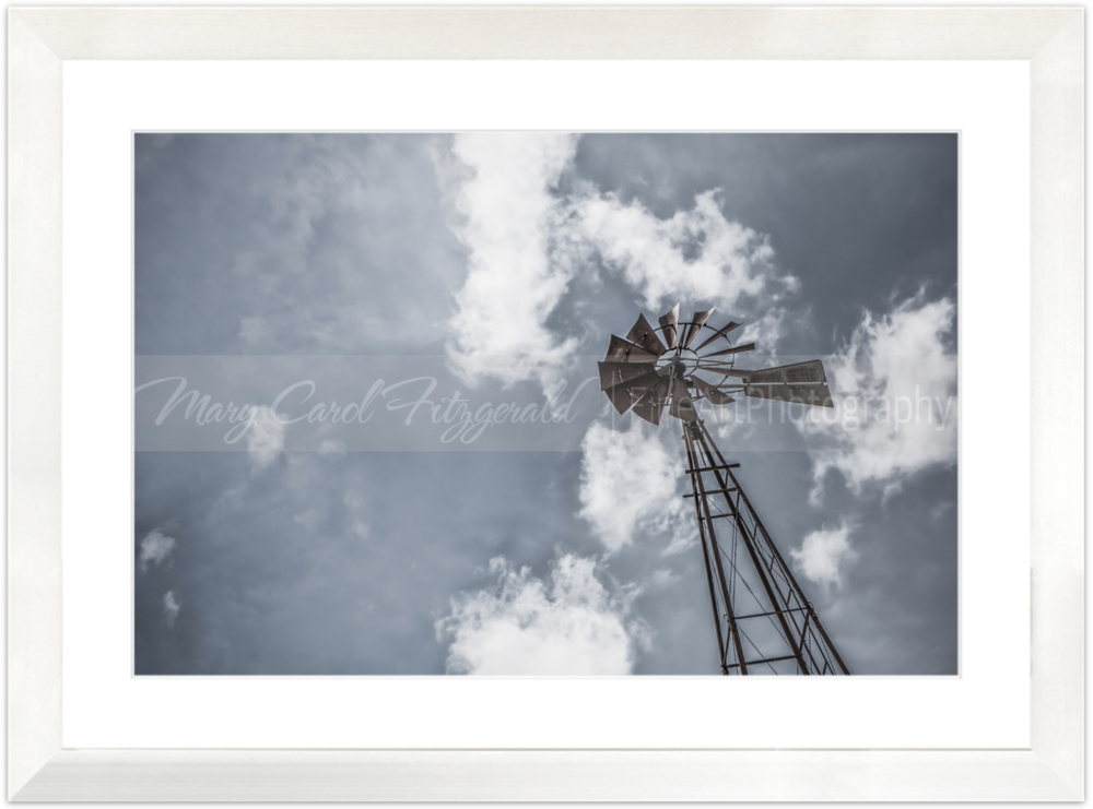 Iowa_Windmill-Sky_9610 _35x46 (White Frame).png