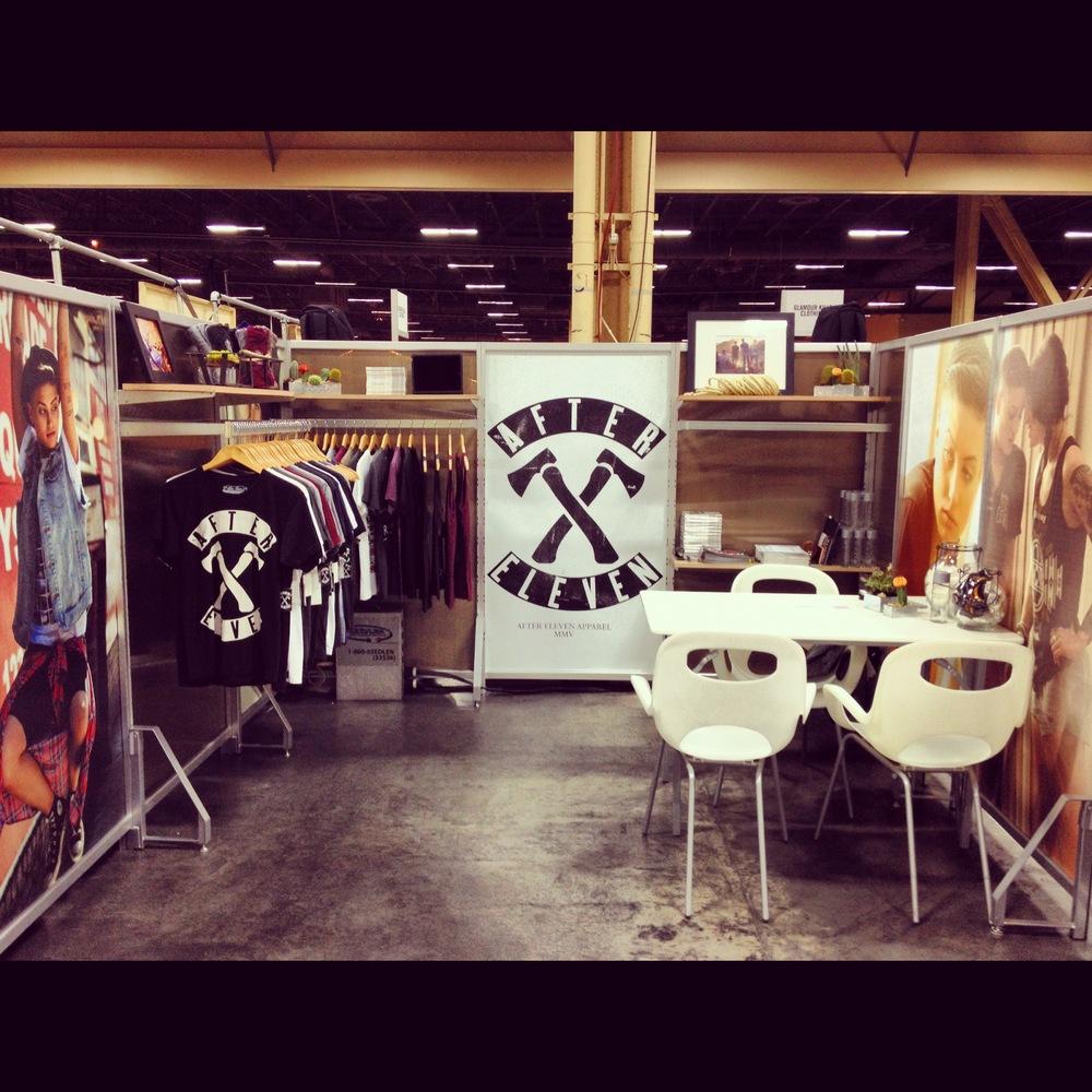 Trade show booth design buildout bild studio for Best trade show shirts