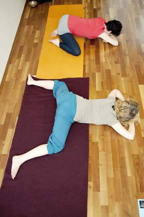 Frog - yin yoga skeletal variation