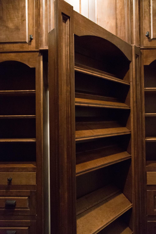 SB Closet -2.jpg