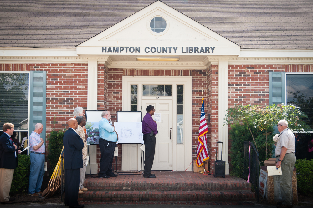 HAMPTON LIBRARY GROUNDBREAKING-2.jpg