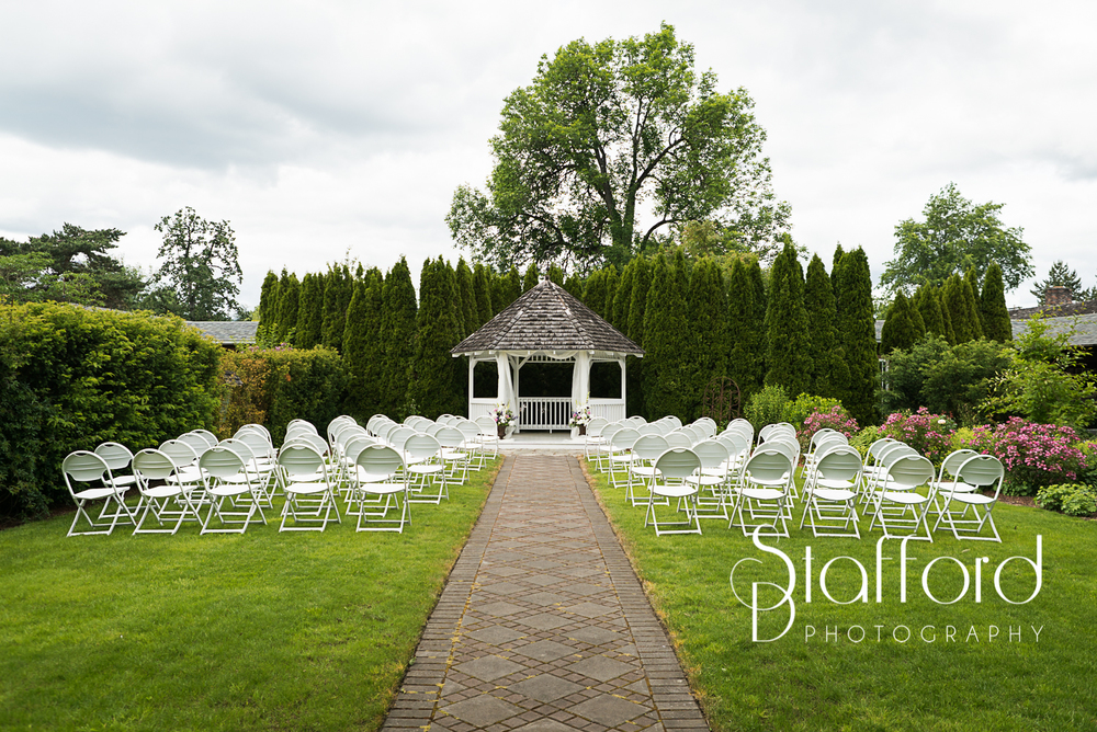 The weather held out and it was a perfect day for a gorgeous wedding.